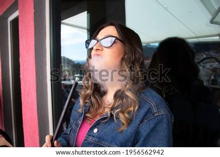 Stockfoto: Mooie · vrouw · hookah · jonge · vrouw · water · rook