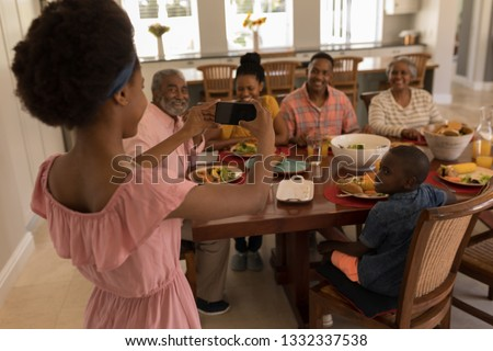 Achteraanzicht afro-amerikaanse meisje foto familie Stockfoto © wavebreak_media