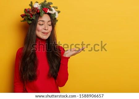 vrouw · christmas · hand · model · winter · mond - stockfoto © photography33