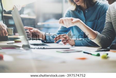 procede · jonge · business · managers · crew · werken - stockfoto © Freedomz