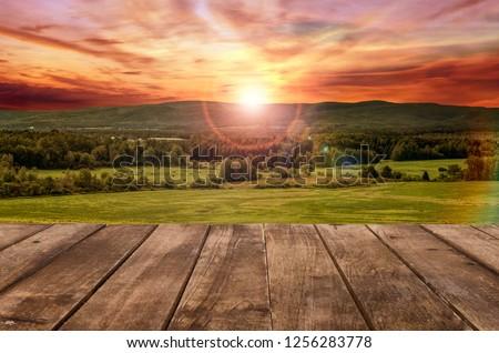 Ruw houten tafel landelijk zonsondergang landschap display Stockfoto © artjazz