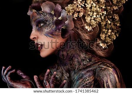 цветок красочный венок женщину дерево Sexy Сток-фото © konradbak