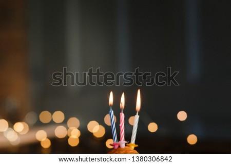 Születésnap csokoládé muffin három gyertyák fekete Stock fotó © Sibstock