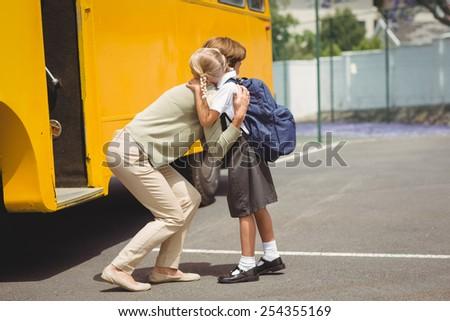 Anne kız okul otobüsü dışında Stok fotoğraf © Lopolo