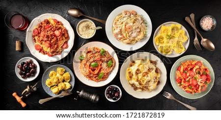 Sortiment italienisch pasta abendessen wei koch for Koch italienisch