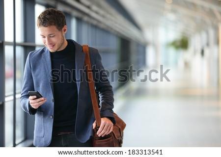 genç · işadamı · cep · telefonu · ofis · modern · Bina - stok fotoğraf © wavebreak_media