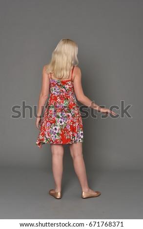 小さな · ブロンド · 少女 · 赤 · 短い · ドレス - ストックフォト © elnur