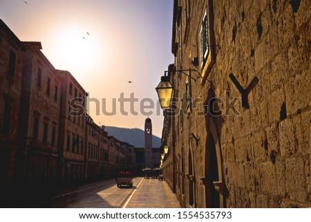 Dubrovnik famoso calle dorado puesta de sol vista Foto stock © xbrchx