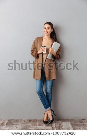 Asian vrouw denken grijs mensen etniciteit Stockfoto © dolgachov