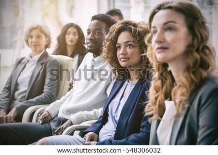 Ver bastante feminino executivo olhando Foto stock © wavebreak_media