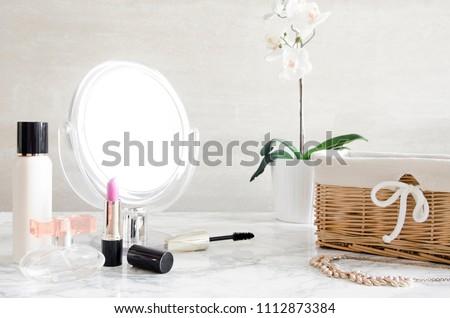 Cosméticos make-up produtos conjunto mármore vaidade Foto stock © Anneleven