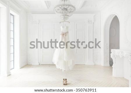 Bruid trouwjurk studio portret gelukkig jonge Stockfoto © nyul