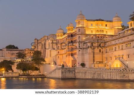Meer paleis schemering romantische luxe Indië Stockfoto © dmitry_rukhlenko