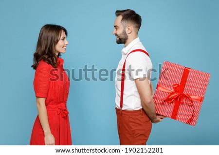 Gelukkig paar partij kleding liefde valentijnsdag Stockfoto © dolgachov
