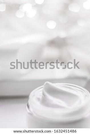 Sahne Feuchtigkeitscreme jar Urlaub glitter kosmetischen Stock foto © Anneleven