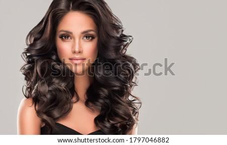 Esmer genç güzel portre siyah yüz Stok fotoğraf © zittto