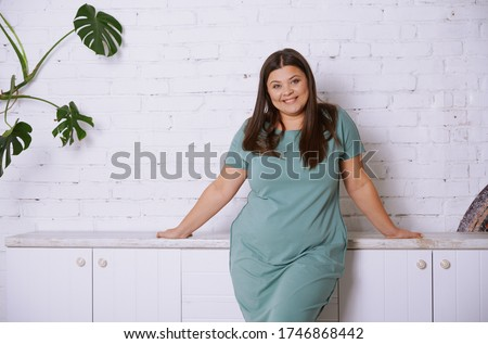 nő · boldog · pózol · izolált · fehér · lány - stock fotó © hsfelix