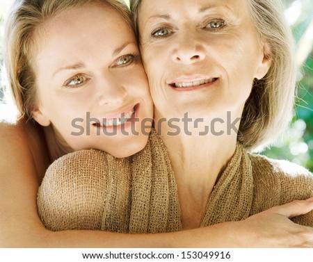 Twee mooie vrouwen liefde ander vakantie Stockfoto © ElenaBatkova
