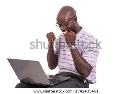 Młodych biznesmen laptop okulary Zdjęcia stock © photography33