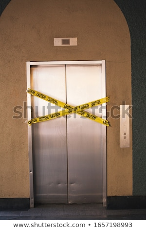 Gebroken lift bouw deur hotel Stockfoto © creisinger