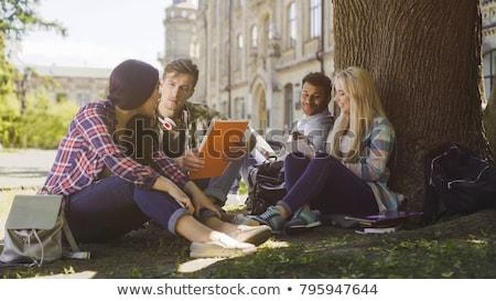 drie · vrouwelijke · studenten · studeren · laptops · vrouw - stockfoto © amok
