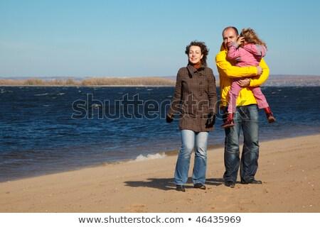 両親 女の子 徒歩 秋 ビーチ 生産的な ストックフォト © Paha_L