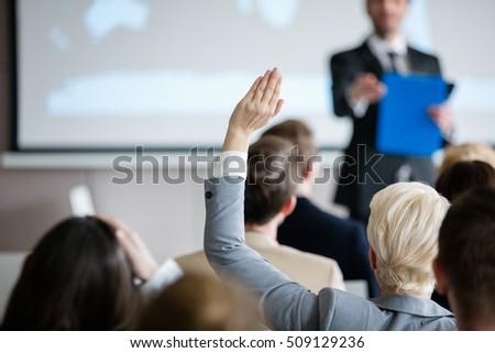 Hátsó nézet csoport sokoldalú üzletemberek kezek hallgat Stock fotó © wavebreak_media