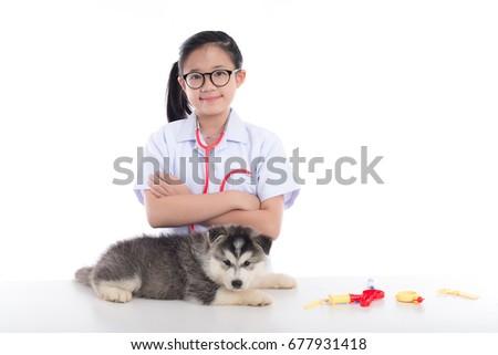 jonge · mooie · vrouw · liefhebbend · puppy · woonkamer · paar - stockfoto © wavebreak_media