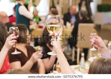 wiele · okulary · bar · napojów · szkła · działalności - zdjęcia stock © ruslanshramko