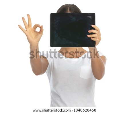 Boa aparência mulher posando laptop em pé branco Foto stock © wavebreak_media