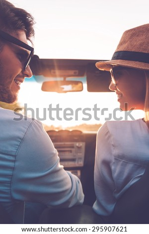 Vista feliz mirando otro Foto stock © wavebreak_media
