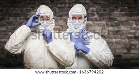 Chinês caucasiano homens terno óculos de proteção Foto stock © feverpitch