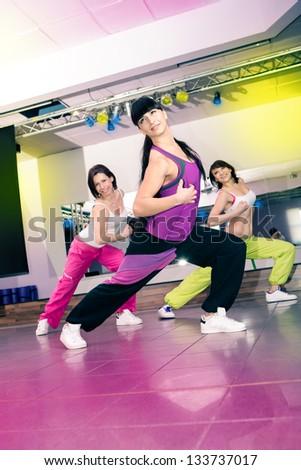 aerobics · zumba · fitness · vrouw · dans · opleiding · verplaatsen - stockfoto © val_th