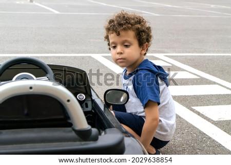 Elektrische auto vier wiel drive leuk kleur Stockfoto © IS2