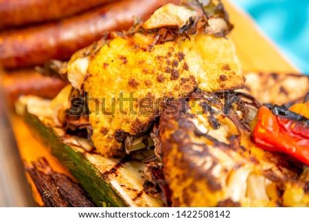 Crudo salchichas listo cocinar parrilla Foto stock © milsiart