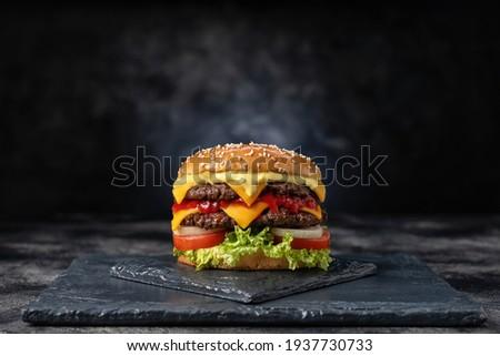 taze · lezzetli · Burger · hizmet · patates - stok fotoğraf © grafvision