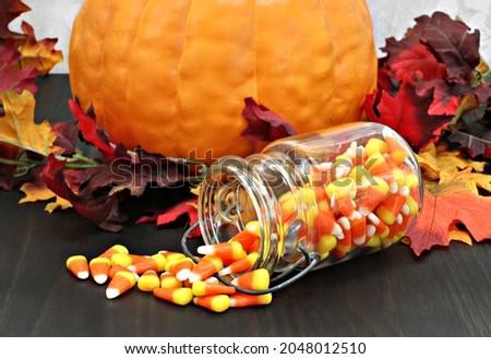 конфеты кукурузы каменщик банку таблице украшенный Сток-фото © rojoimages
