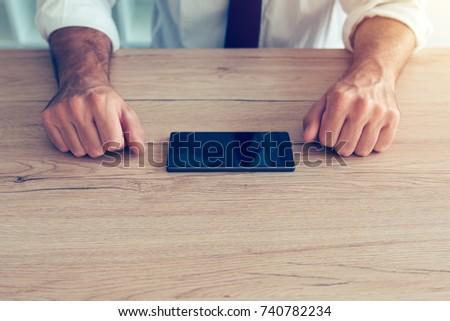 üzletember · internet · technológia · függőség · csapdába · esett · üzlet - stock fotó © stevanovicigor