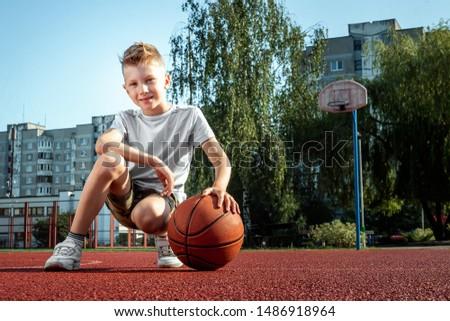 Portret mand bal kinderen gelukkig Stockfoto © Lopolo