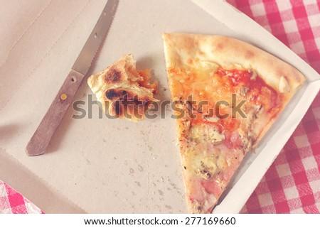 Pizza maradék kartondoboz kép pizza szelet gyorsételek Stock fotó © stevanovicigor