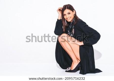 Jonge slank sexy vrouw modieus jurk geïsoleerd Stockfoto © bartekwardziak