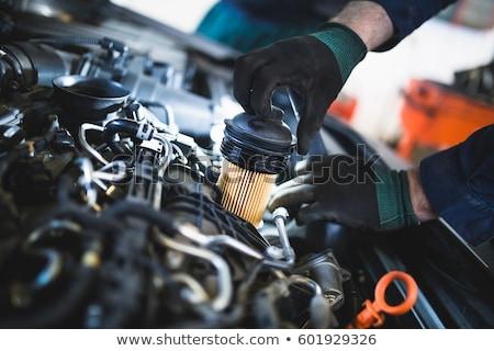 Samochodu silnika oleju filtrować zmian Zdjęcia stock © simazoran