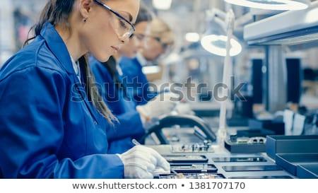 manual · trabalhador · produção · linha · eletrônico · técnico - foto stock © photography33