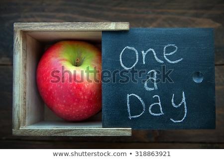 maçã · estetoscópio · médico · fruto · medicina · vermelho - foto stock © andersonrise
