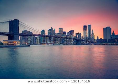 Híd alkonyat New York Manhattan belváros sziluett Stock fotó © kasto