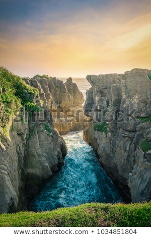 Ocean and Pancake rocks stock photo © Hofmeester