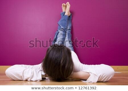 fiatal · nő · új · festék · otthon · nappali · új · ház - stock fotó © dash
