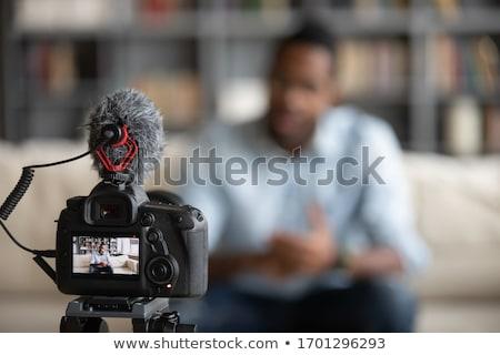 Iş adamı konuşmak iş ofis kâğıt adam Stok fotoğraf © IS2