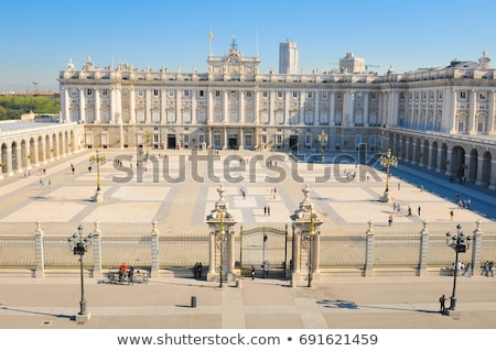 Windows real Madryt Hiszpania budynku Zdjęcia stock © benkrut