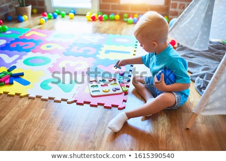 子供 数学 遊び場 実例 ペン 塗料 ストックフォト © bluering